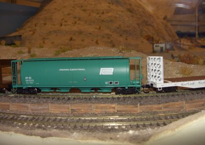 Penn Central Cylindrical Hopper